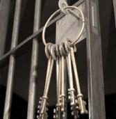 За періодичні крадіжки жінка проведе за гратами наступні понад три роки