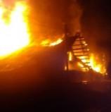 У Дубні під час масштабної пожежі запобігли вибуху кисневих балонів