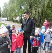 Рятувальники у формі конкурсу навчали дошкільнят
