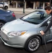 Жителі Рівненщини купують електромобілі та автомобілі-гібриди