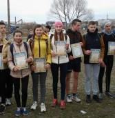 Серед понад 100 школярів визначили кращих у легкоатлетичному кросі (фото)