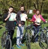 Дівчата та хлопці змагались у велотуризмі