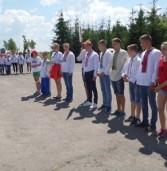 Школярі з Рівненщини змагаються у «Козацькому гарті»