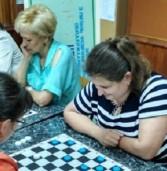 Працівники держадміністрації грають добре в шахи та теніс
