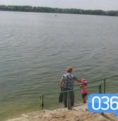 У Млинові залишилися одиниці тих, то ризикує купатися у Ікві