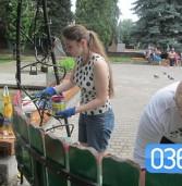 Молодь Дубна допомагає комунальникам вкластися в терміни