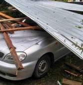 Град пошкодив житлові будинки та господарські споруди
