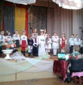 Сільська рада організувала власні піснеспіви, що переповнили зал (фото)