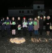 Година землі: відключили освітлення вулиць і заповідника, а в замку влаштували екскурсію при ліхтарях