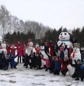 В Іванні з'явився один з найбільших сніговиків області