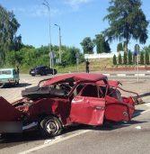 Range Rover зіткнувся з Москвичем – загинуло подружжя